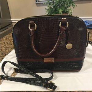 Brahmin handbag euc